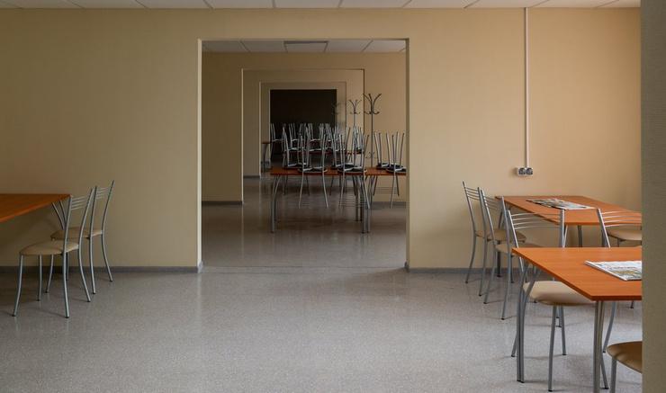 Клиника принимает больных с 20 апреля