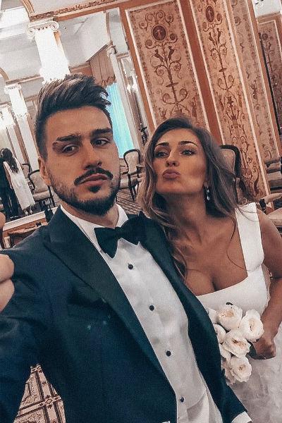 Евгений и Дарья не устают демонстрировать семейную идиллию