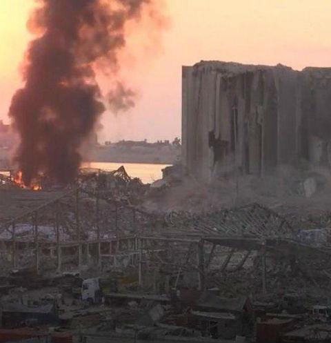 Взрыв произошел в местном порту