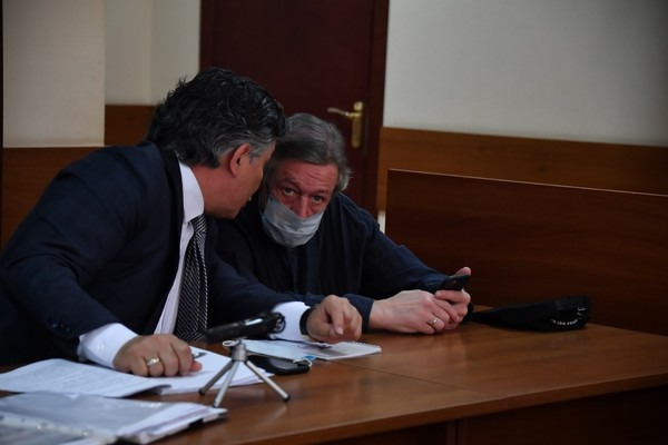 Тайный свидетель: «Михаил Ефремов был на пассажирском сидении»
