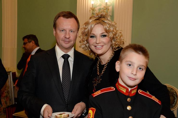 Когда-то дети были очень близки с Максаковой
