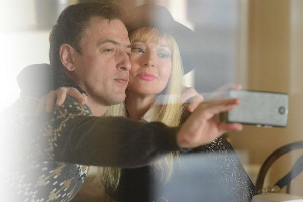 Елена и Олег встречаются чуть больше полугода