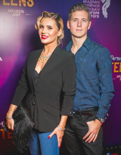 Анна Шульгина с братом Артемием