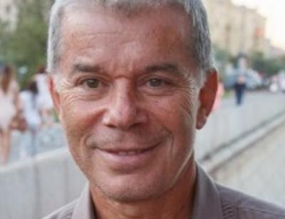 Олег Газманов устроил семье спортивные выходные