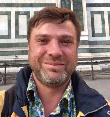 Дмитрий узнал, что в данное время его супруга с сыном находятся в Латвии