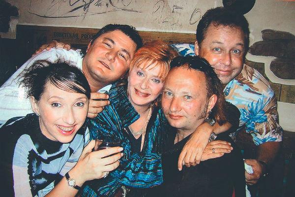 Юмористы уже давно стали близкими друзьями для Дубовицкой