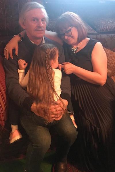 Кристина Асмус мечтает наладить отношения с родителями