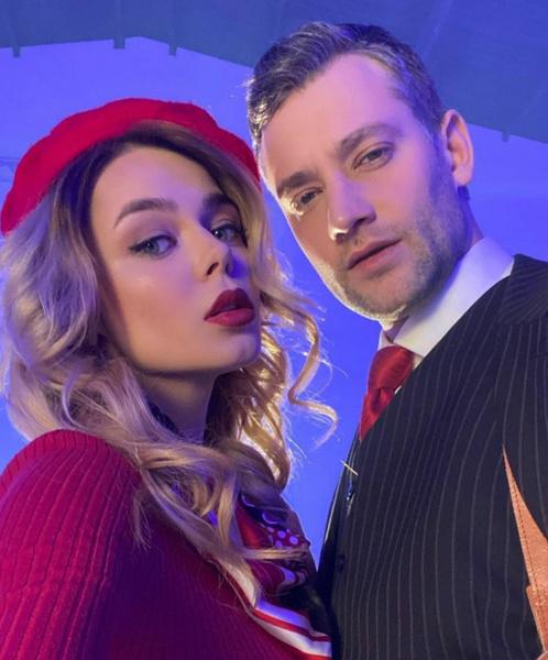 Певица много времени проводит с актером Романом Полянским