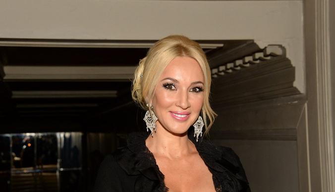 Лера Кудрявцева: «Бабоньки, вы не офигели? Мечтаете жить в богатстве и после этого ведете себя как мрази»