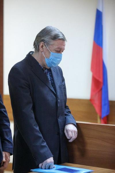 Суд приговорил актера к 8 годам колонии общего режима