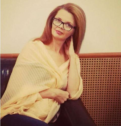 Антонина Саврасова действительно очень похожа на Марину Анисину