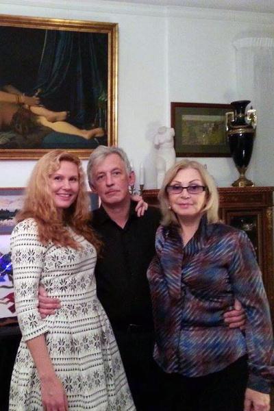 Актриса с сыном Александром и его женой Юлией