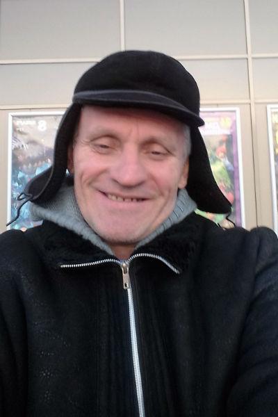 Олег Жуков не считает себя обязанным содержать дочь