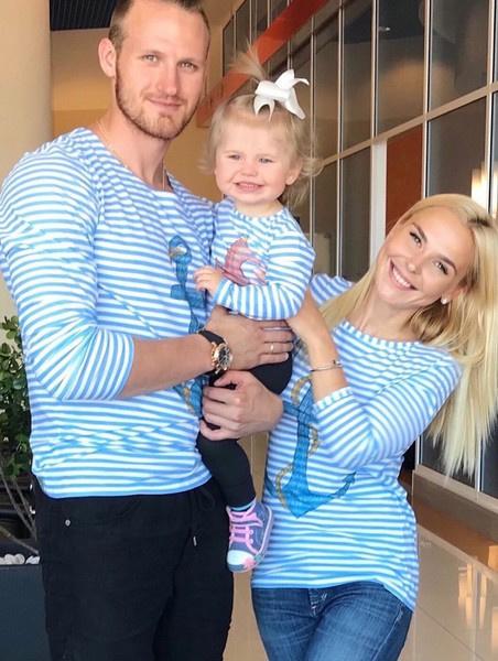 Иван Телегин с семьей