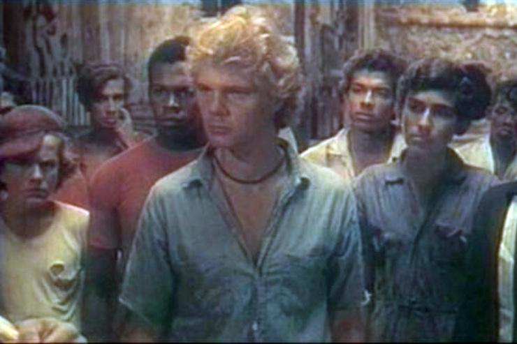 Реальные беспризорники погибли, а Дора бросила кино. Драмы звезд «Генералов песчаных карьеров»