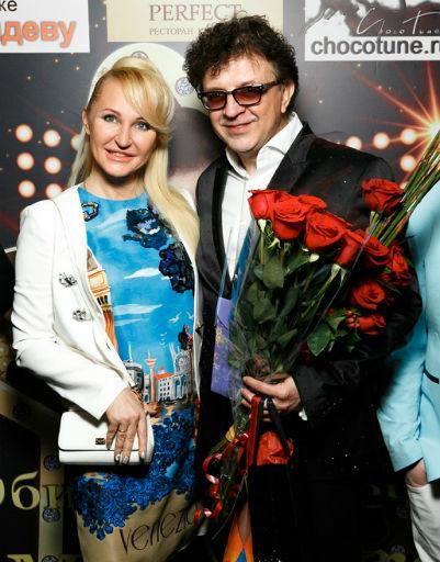 Рома Жуков и певица Паола