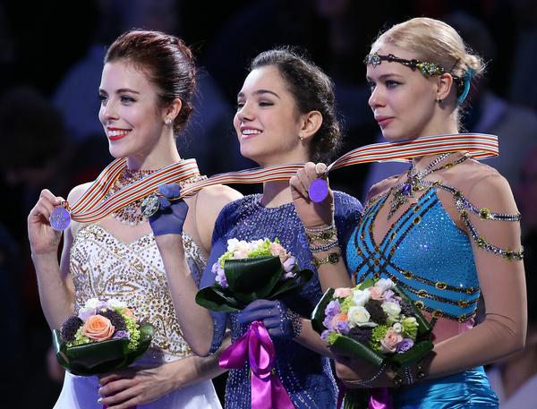 На соревнованиях в Бостоне Евгения Медведева установила мировой рекорд по баллам в произвольной программе: 150,10