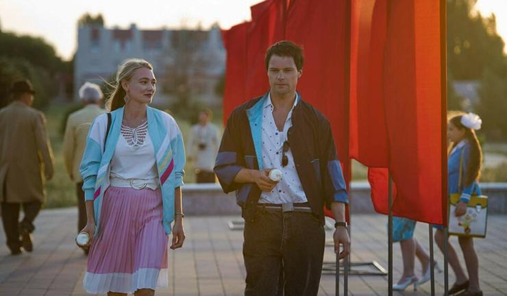 Во время съемок у двух ярких российских актеров завязались романтические отношения.