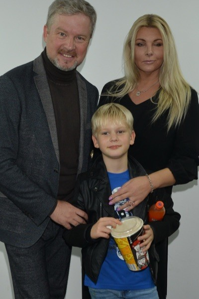 Валдис Пельш с женой и сыном