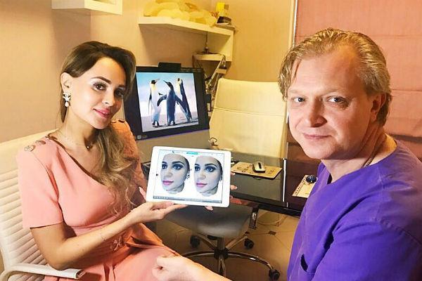 Анне Калашниковой заранее показали, как будет выглядеть ее лицо после операции