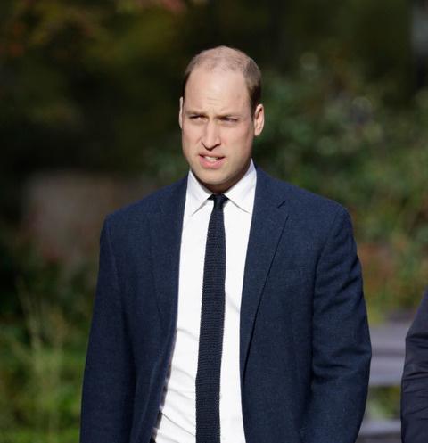 Принц Уильям развлекся в пабе без жены