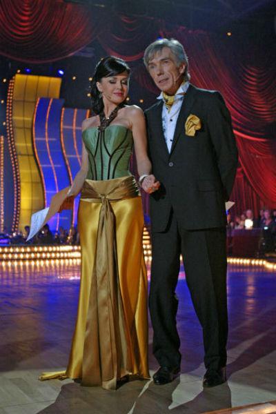 Юрий Николаев и Анастасия Заворотнюк во время съемок программы «Танцы на льду»