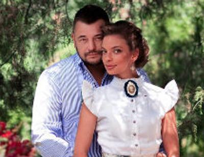 Сергей Жуков с женой показали дерево любви
