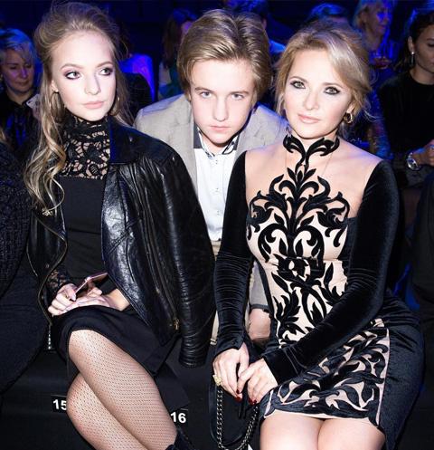 Лиза, Мика и Екатерина Песковы