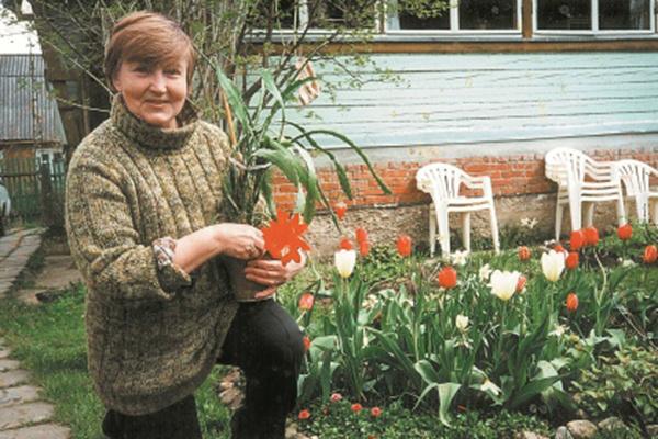 Летом Светлана Алексеевна проводит много времени на даче