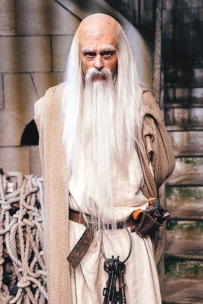 Самые известные персонажи «Форта» — старец Фура...