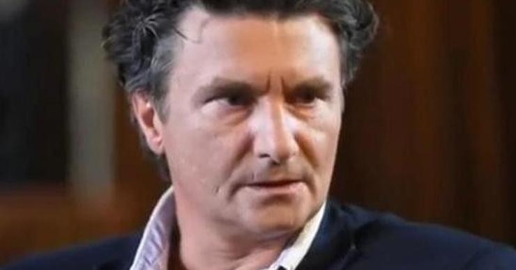 Уволенный за пьянство актер МХАТа Антон Хомятов: «Выпить 50 грамм – это нормально»