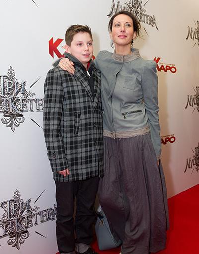 Алика Смехова с сыном Артемом