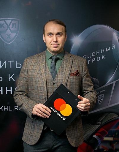 Хоккейный комментатор Денис Казанский