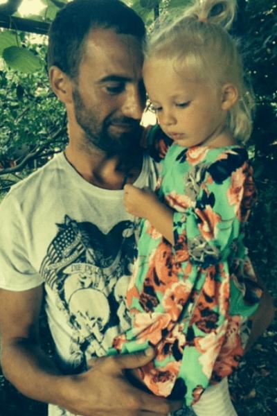 Екатерина восхищается умением мужа обращаться с детьми