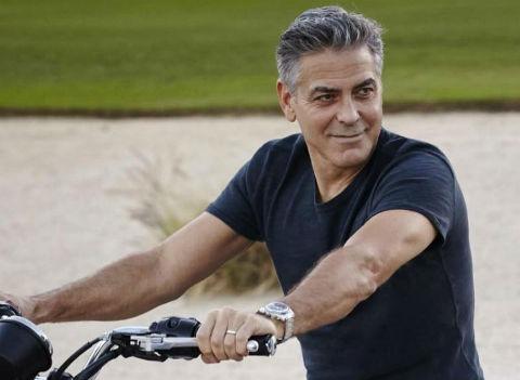 Джорджа Клуни госпитализировали после аварии