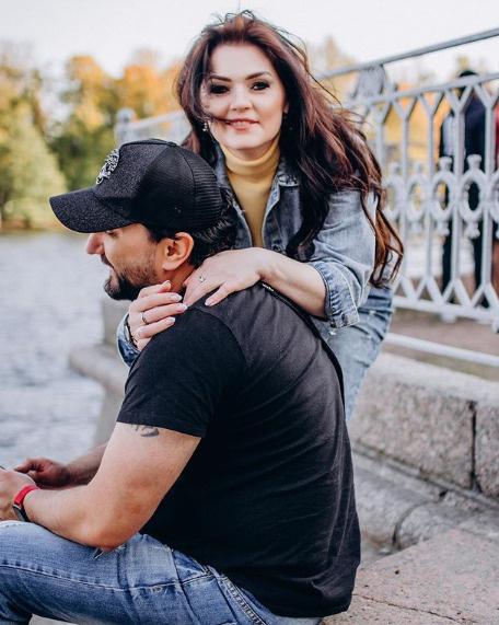 Алина Вердиш с супругом