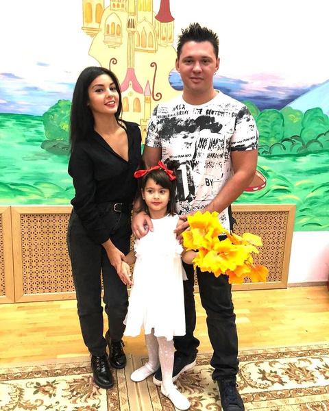 Супруга Алексея давно привыкла к его популярности