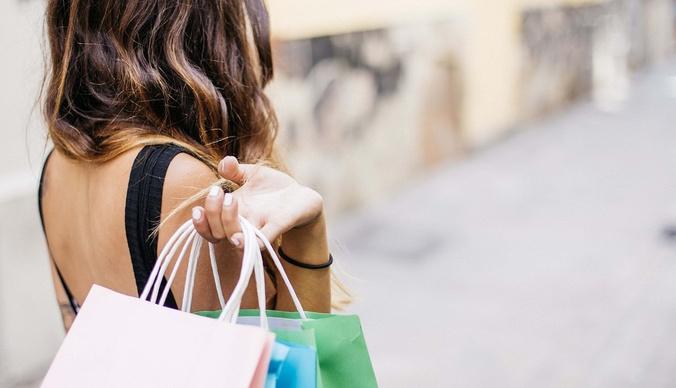 Диагноз – шопоголик: каким знакам зодиака нужно держаться подальше от магазинов