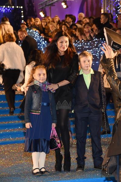 У актрисы подрастают двое детей Маша и Ваня