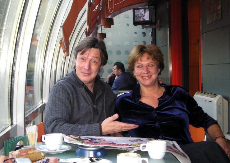 Михаил и Анастасия Ефремовы