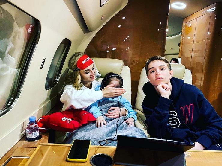 Гагарина отправилась в отпуск