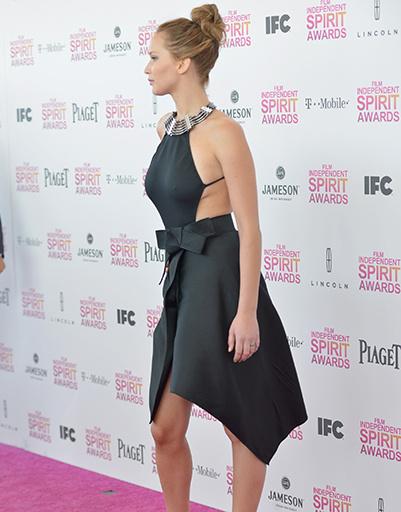 Дженнифер Лоуренс в платье Lanvin на Independent Spirit Awards в феврале 2013 года