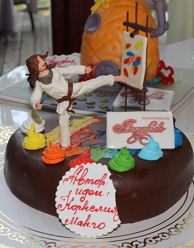 Вот такой торт получился у Корнелии