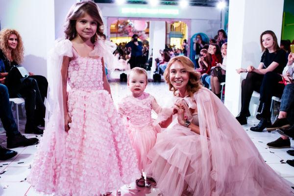 Татьяна Тотьмянина с дочками