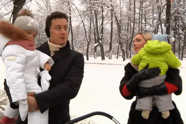 Станислав Ярушин с семьей