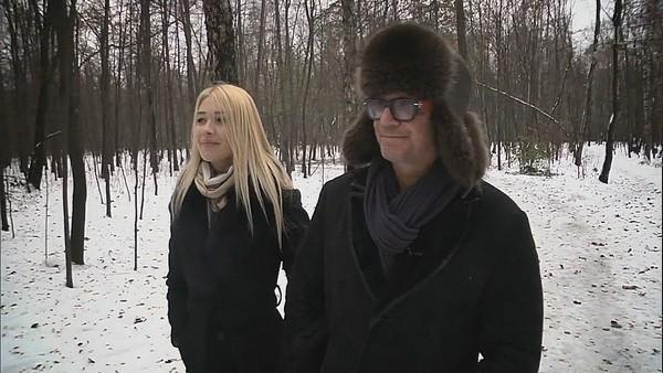 Андрей Ковалев на прогулке с избранницей