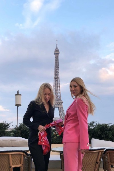 Восемь лет Лиза Пескова жила в Париже