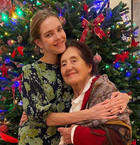 Наталья Водянова с бабушкой