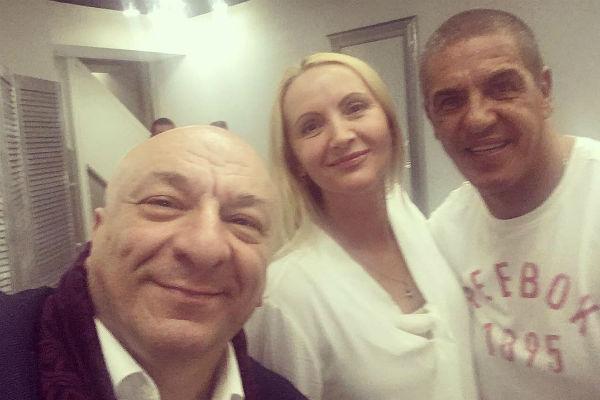Богдасаров с Юлией Бружайте и актером Сами Насери