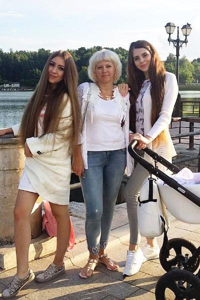 У Ольги и Алены разные отцы